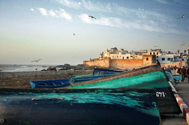 Zdjęcia: Essaouira, nad oceanem, panorama miasta z portu, MAROKO