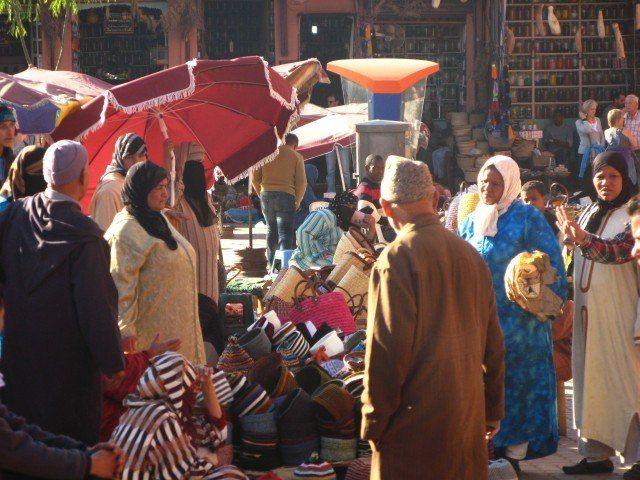 Zdj�cia: Marrakesz, K��tnia przekupek, MAROKO