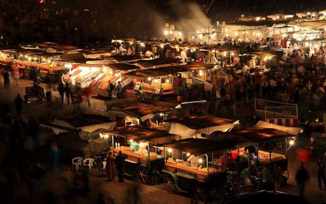 Zdjęcia: Marrakesz, Plac Dżamaa al Fina wieczorną porą, MAROKO