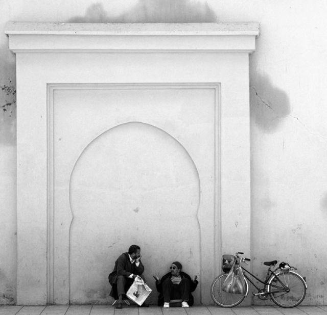 Zdjęcia: Marrakesz, Pogawędka , MAROKO