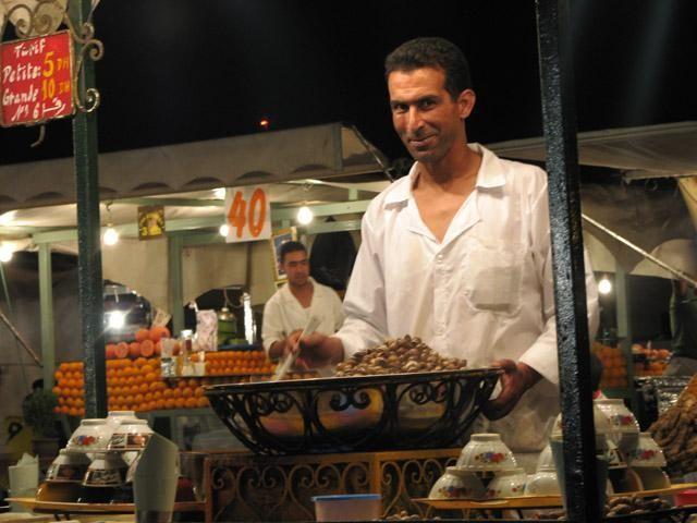 Zdjęcia: Marrakesz, Plac Dżamaa el Fna, Może zupki?, MAROKO
