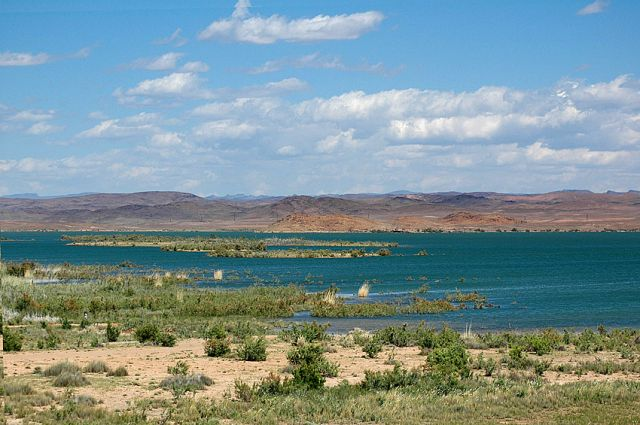Zdjęcia: przy Warzazat, rejon Warzazat, turkusowe jezioro, MAROKO