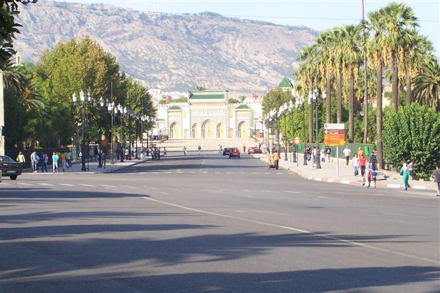 Zdjęcia: FEZ, Droga do Pałacu Królewskiego, MAROKO