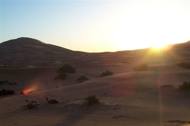 Zdjęcia: Merzouga, wschód słońca na pustyni, MAROKO