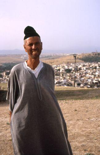 Zdjęcia: Fez, sprzedawca dywanów, MAROKO