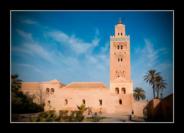 Zdjęcia: gdzieś  w okolicach Warrzazet, Marakesz, Minaret, MAROKO