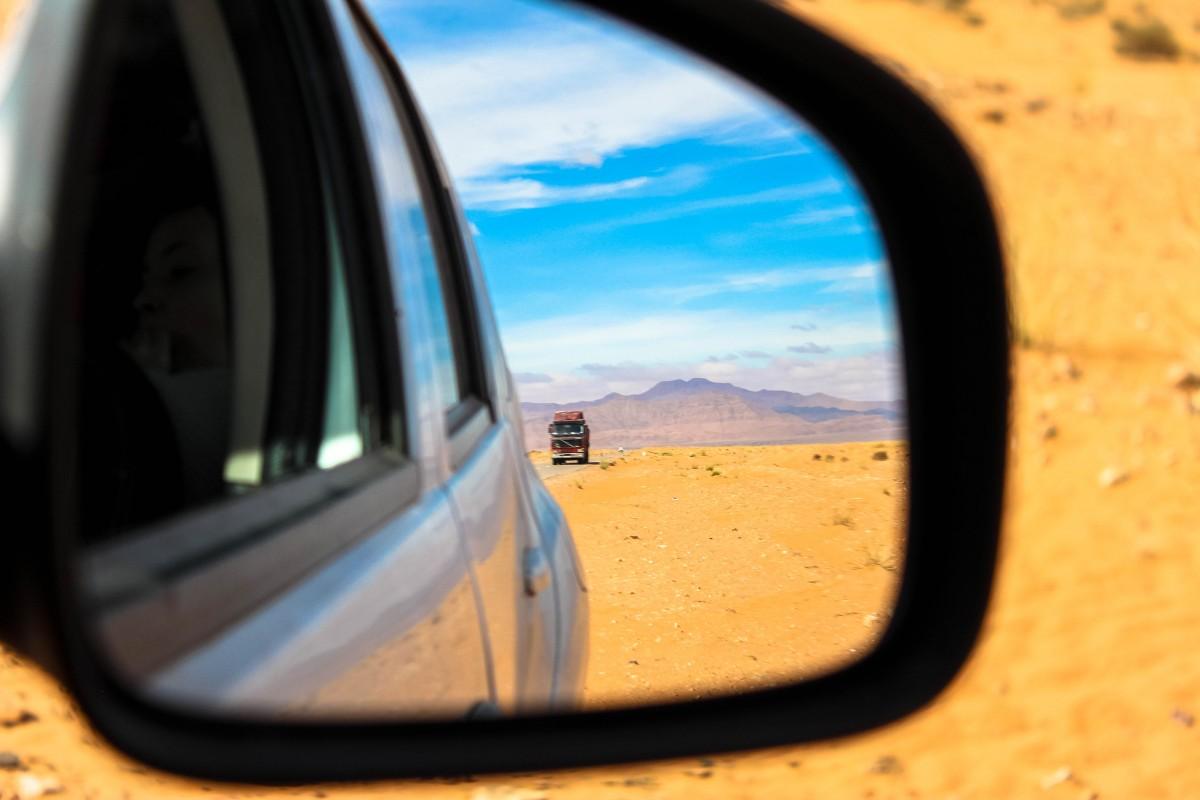 Zdjęcia: Merzouga, Maroko, A w lusterku , MAROKO