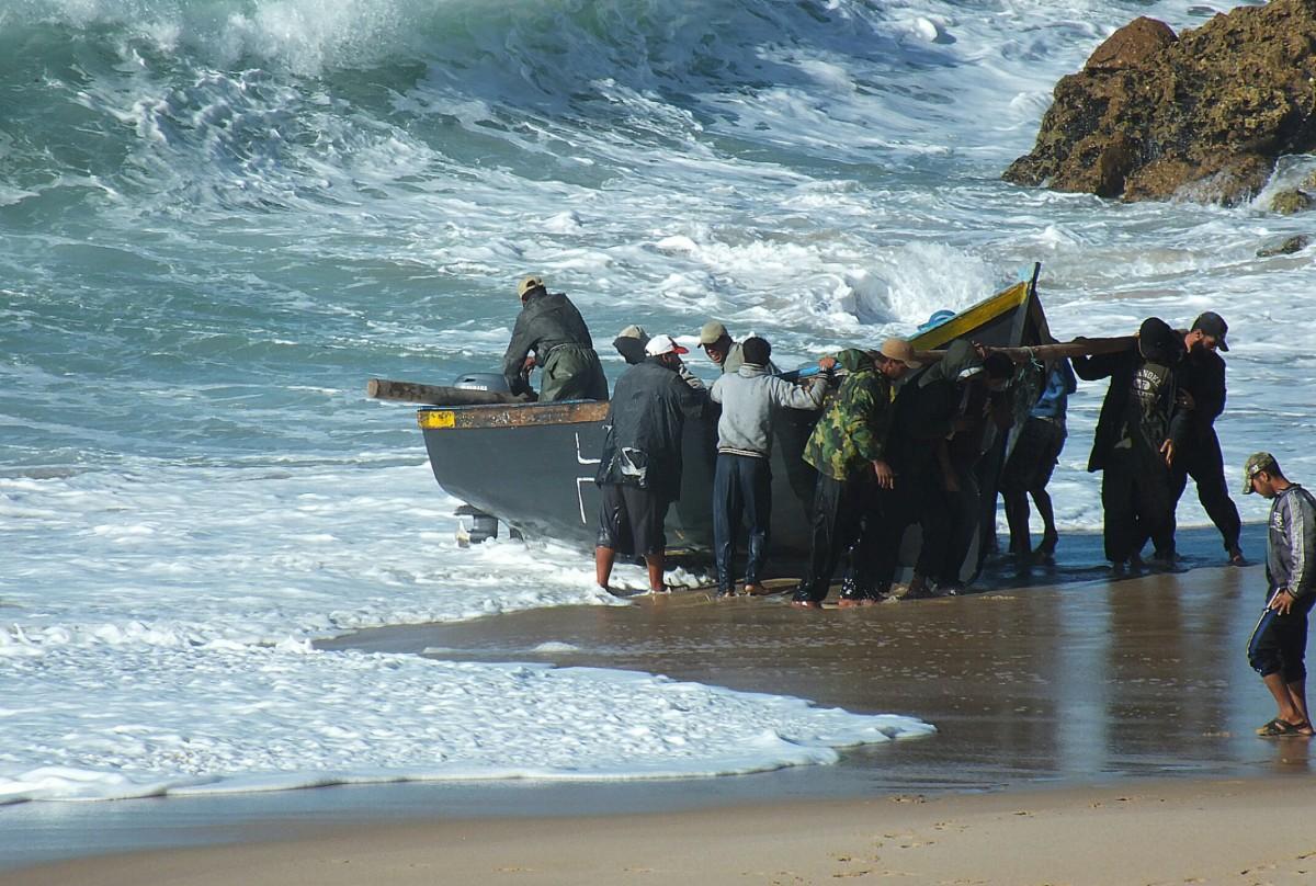 Zdjęcia: Ocean Atlantycki, Sahara Zachodnia, Rybacy, MAROKO
