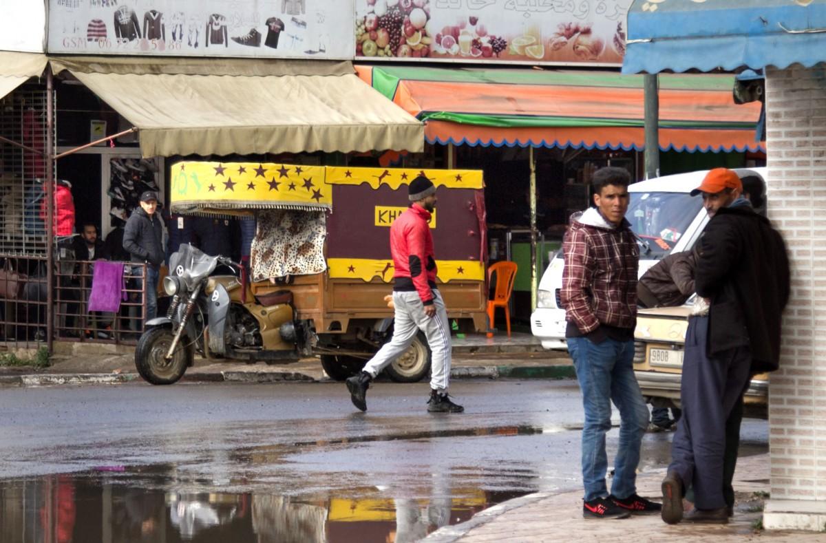 Zdjęcia: gdzieś po drodze, Kenitra, Docker, MAROKO