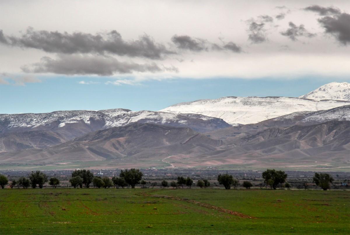 Zdjęcia: gdzieś po drodze, Maroko, Szaro,buro, MAROKO