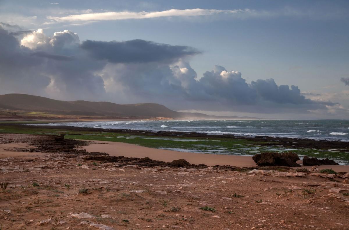 Zdjęcia: Moulay Bouzerktoun, Essaouira, Plaża i chmury, MAROKO