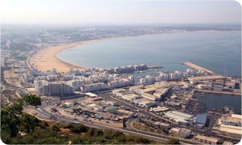 MAROKO / - / AGADIR / Widok na Agadir z wzgórza.