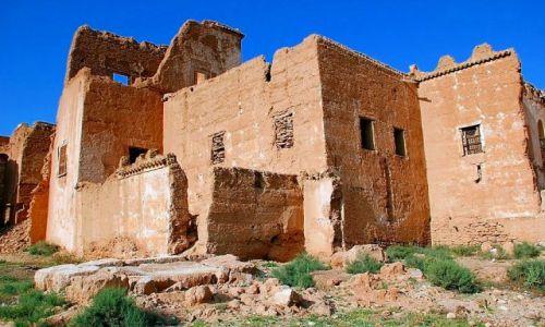 MAROKO / - / Taliouine (Taliwin) / Ruiny kazby rodu Glawich