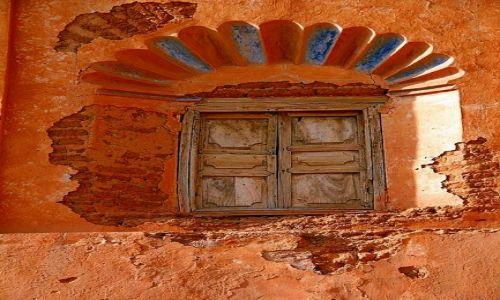 Zdjecie MAROKO / - / Taliouine (Taliwin) / Ruiny kazby rodu Glawich #2