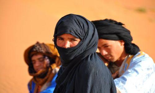 Zdjecie MAROKO / - / granica z Algierią / Na pustyni.