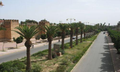 Zdjecie MAROKO / - / Maroko / ulice marokańskich miast  czyste i schludne
