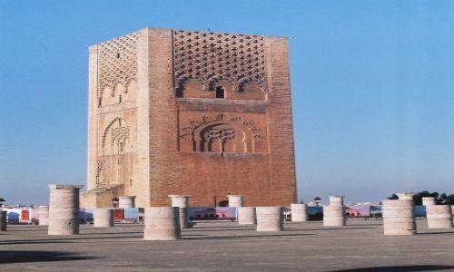 Zdjęcie MAROKO / Rabat / Rabat / Minaret meczetu Jakuba al-Mansura