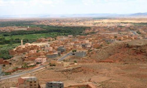 MAROKO / - / południowo-zachodnie Maroko , Errachidia / czerwień Maroka