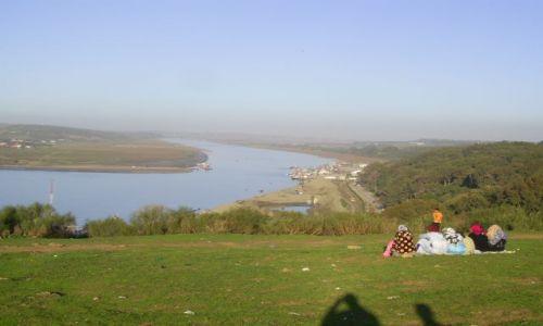 Zdjęcie MAROKO / Kenitra / Kenitra / Wzgórze Kazby w Kenitra i widok na rzekę Subu