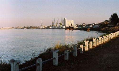 Zdjęcie MAROKO / Kenitra / Kenitra / Port i stocznia w Kenitra
