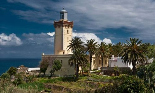 Zdjecie MAROKO / - / okolice Tangeru / latarnia