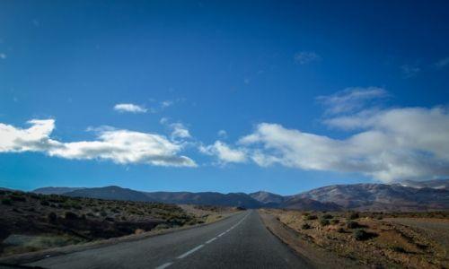 Zdjęcie MAROKO / Maroko / - / drogi w Maroku
