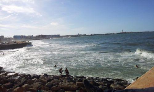 Zdjecie MAROKO / Casablanca / Niedaleko meczetu HassanaII / nad morzem w Casa