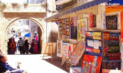 MAROKO / Południe / Essaouira / Essaouira - kolory suku