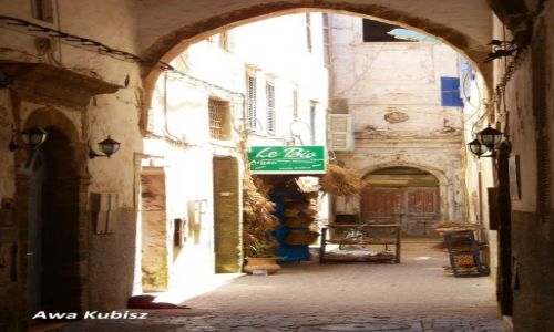 MAROKO / Południe / Essaouira / Essaouira - uliczka medyny