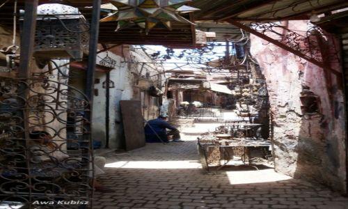 Zdjecie MAROKO / Południe / Marrakesh / Dzielnica wyrobów żelaznych na suku w Marrakeshu