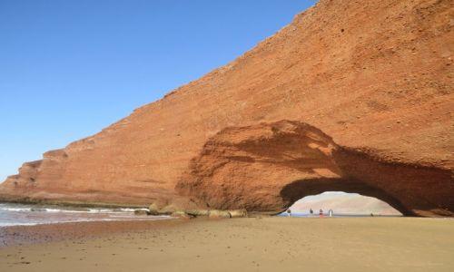 Zdjęcie MAROKO / Sidi Ifni / Legzira / Łuki skalne na plaży w Legzirze