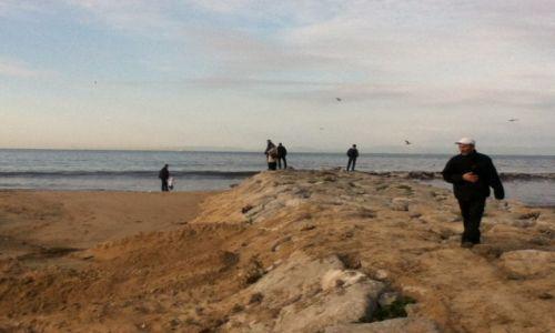 Zdjecie MAROKO / Tangier / Tangier / Na plazy