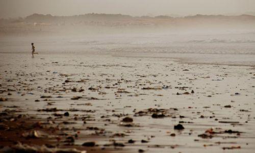 Zdjęcie MAROKO / - / Agadir / Człowiek i ocean