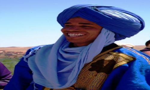 Zdjecie MAROKO / Ouarzazate / Wąwóz Todry / Szczery uśmiech