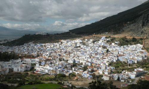 Zdjęcie MAROKO / płn Maroko / Szefszawan / Miasteczko w górach