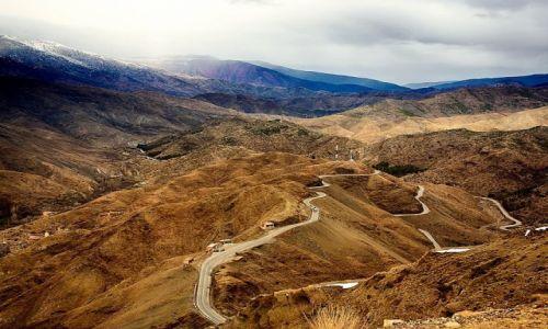 Zdjęcie MAROKO / Maroko / Góry Atlas / Poprzez Góry Atlas