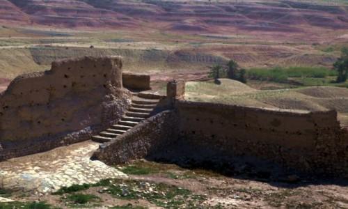 Zdjecie MAROKO / Ouarzazate / El Klaa / Pozostały tylko schody