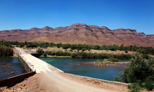 Zdjecie MAROKO / Ouarzazate / Wodi Dara  / Przeprawa