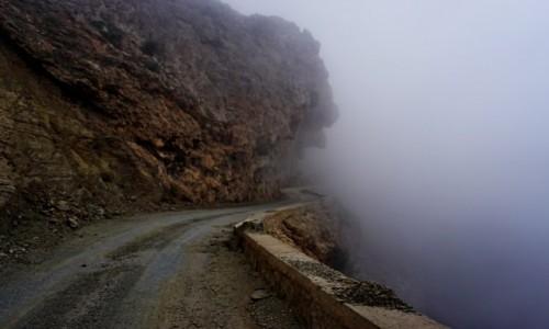 Zdjęcie MAROKO / Atlas Wysoki / Tizi n'Test / Chmurka od środka