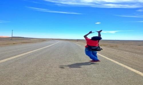 Zdjęcie MAROKO / Marzouga / Amazir / Walking