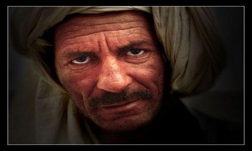 Zdjęcie MAROKO / gdzies w gorach / oaza chyba / Asassyn