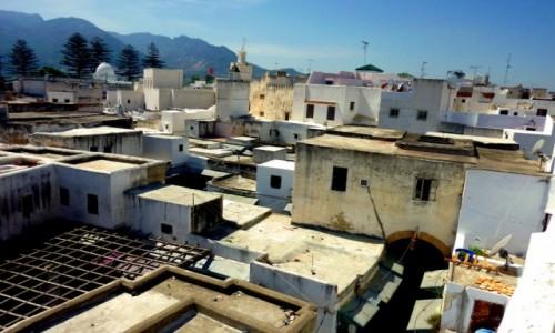 MAROKO / Tanger / Tanger / nad dachami Tangeru