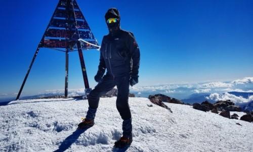MAROKO / Góry Atlas / Jabal Tubkal / Dzabal Tubkal 23 stycznia ,- 30 stopni