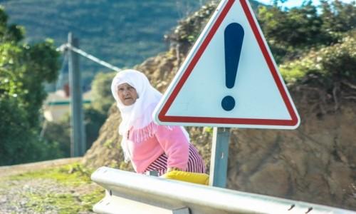 Zdjecie MAROKO / Tanger / droga w Marocco / Uwaga :) w trakcie podróży :)