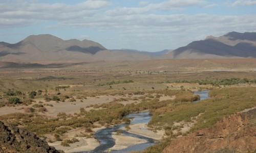 Zdjęcie MAROKO / Maroko / Maroko / Płynie woda