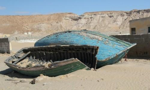 Zdjęcie MAROKO / Maroko / Wybrzeże Atlantyku / Łódeczki