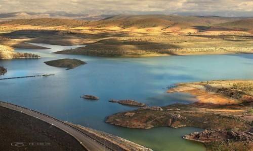 Zdjecie MAROKO / Góry Atlasu / Youssef Ben Tachfine / Zapora wodna