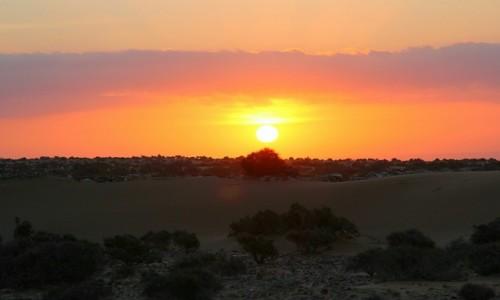 Zdjęcie MAROKO / Sahara Zachodnia / Sahara / Wstaje dzień w starym forcie
