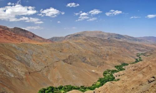 MAROKO / Góry Atlasu Wysokiego / przełęcz Tizi -n - Tichka (2091 m.n.p.m.) / zielona wstążka