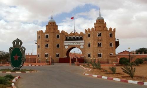 Zdjęcie MAROKO / Sahara Zachodnia / Al-Ujun / Obiekt rządowy